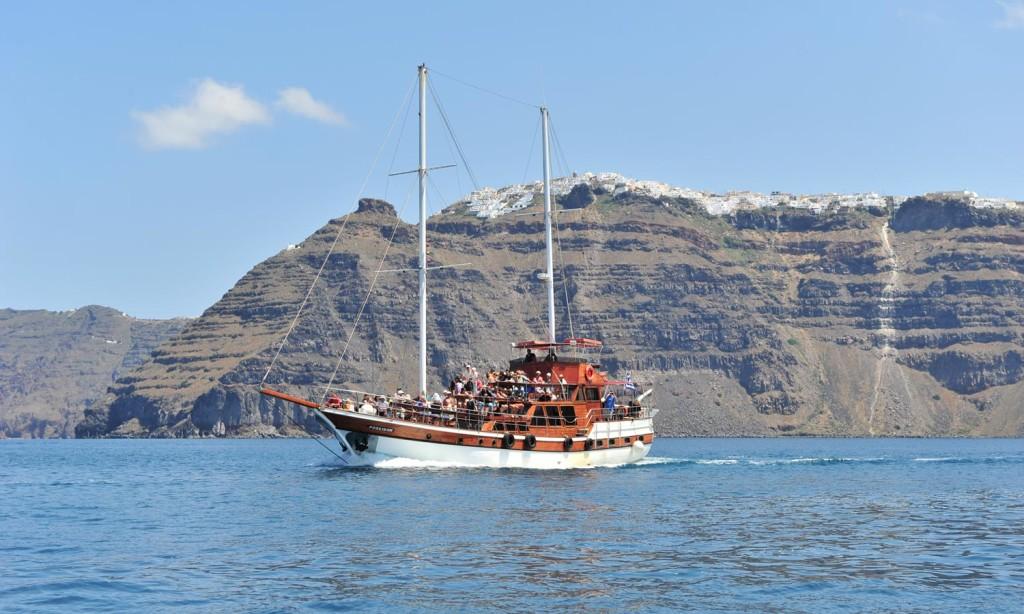 Santorini Traditional boat charter
