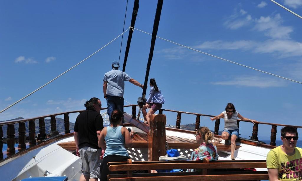 Santorini traditional boat tour